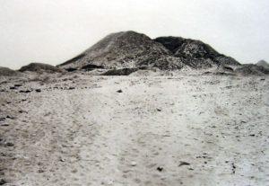 800px-Photo-pyramide-sesostris3