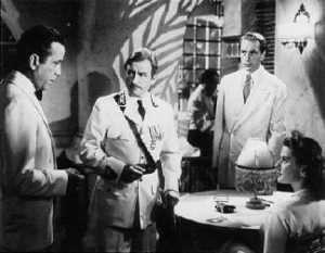 La película Casablanca, estrenada en 1942, trata el tema de la II Guerra Mundial.