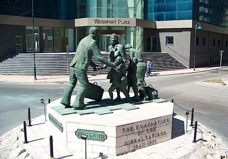 Monumento en Gibraltar a los evacuados (Wikimedia)
