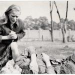 Víctima civil polaca de los bombardeos alemanes (Julien Bryan)