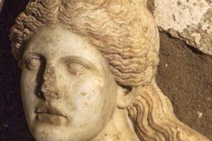 Imagen de la cabeza hallada en Anfípolis (Hellenic Ministry of Culture And Sports)