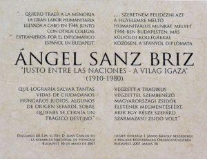 Placa en memoria de Ángel Sanz Briz en la Embajada española en Budapest