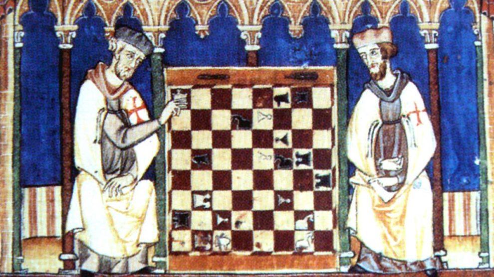 Templarios disputando una partida de ajedrez en una miniatura del Libro de los juegos (1283)
