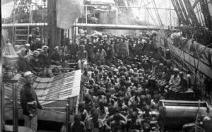 Barco de transporte de esclavos a mediados del siglo XIX.