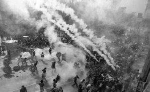 Disturbios durante el funeral de los 5 obreros asesinados por la policía el 3 de marzo de 1976.