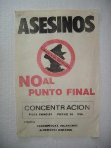 Cartel argentino en protesta contra dicha ley.