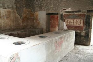 Taberna de Lucio Vetucio Plácido en Pompeya Pintadas - Taberna de Lucio Vetucio Pl  cido en Pompeya  - «Pintadas» en la antigua Roma