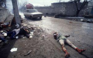 Masacre de Jodyali, producida por fuerzas armenias contra población azerí en 1992. Se calculan más de 600 civiles asesinados.