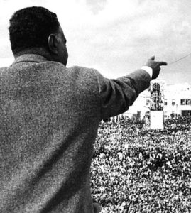 El presidente egipcio Nasser dando un discurso en Homs, Siria en 1961