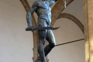 Perseo con la cabeza de Medusa, de Benvenuto Cellini (Wikimedia).