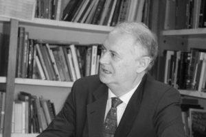 Enrique Moradiellos (Fotografía cedida por Editorial Turner).
