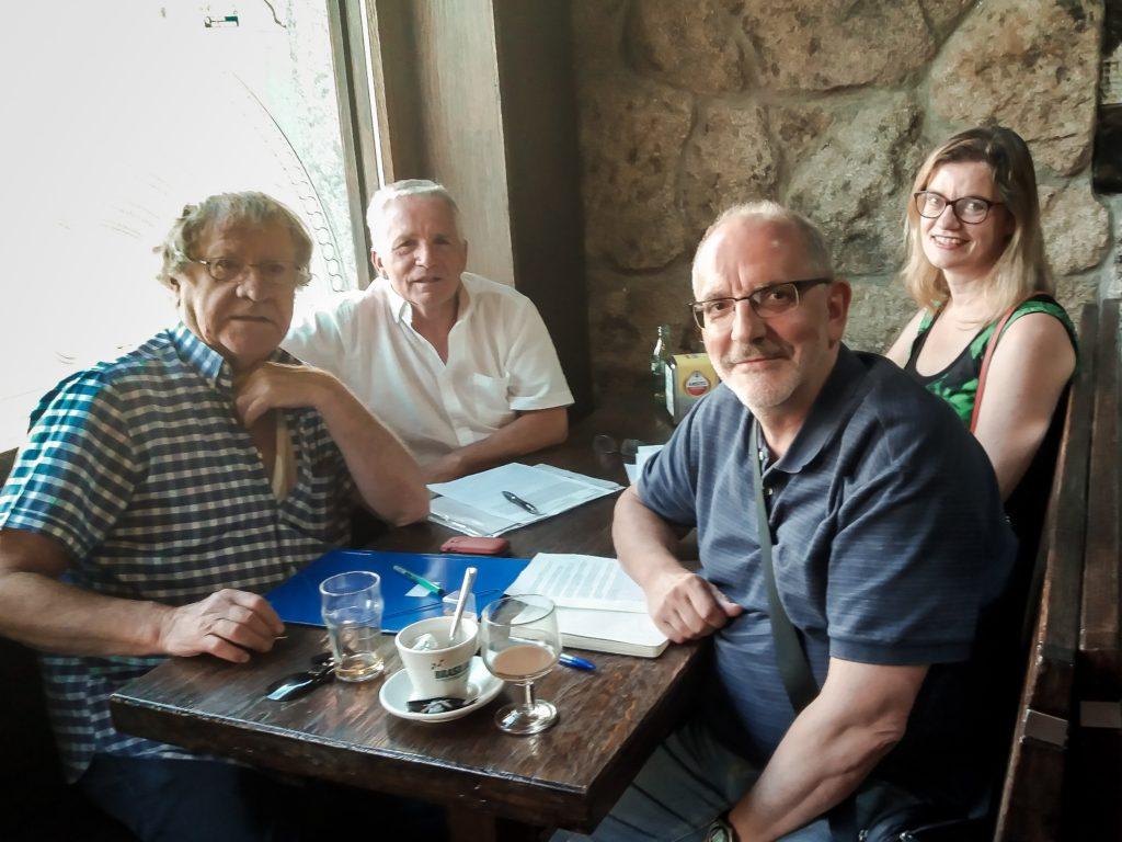 Personas participantes en la entrevista: Ian Gibson, Fernando Magán, María Rivilla y Jesús de Blas
