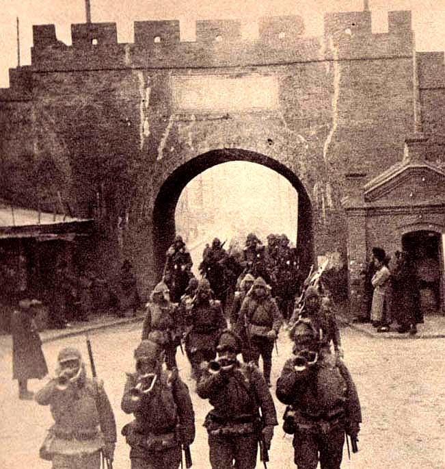 Tropas japonesas invaden Manchuria (Wikimedia).