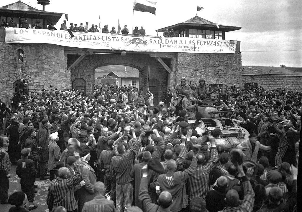 Liberación del campo de Mauthausen, 5 mayo 1945 (Wikimedia).