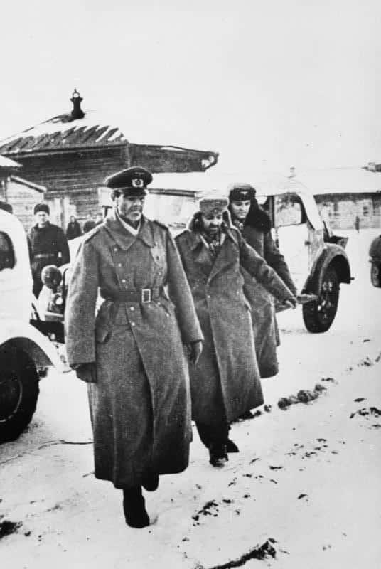 Rendición del mariscal Paulus ante el Ejército Rojo en Stalingrado el 31 enero 1943 (Wikimedia).