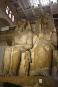 Amenhotep III y su esposa, Tiyi. Museo Egipcio de El Cairo (Foto: Aroa Velasco)