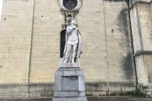 Estatua de Alfonso II. Jardín de los Reyes Caudillos (Oviedo). Archivo del autor.
