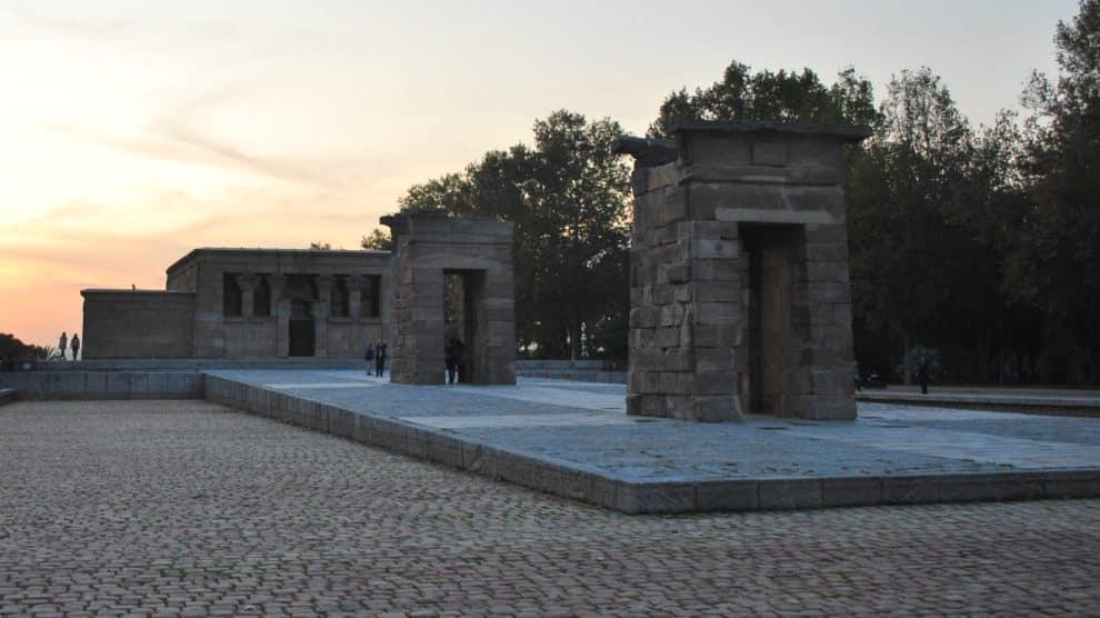 El templo de Debod al anochecer (Francisco José Garrido).